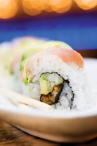 Ichi roll: Eel wrapped with avocado and albacore with special sauce