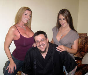 Fetish photographer Jerry (center) with Sara Jay, left, and Joselyn Pink