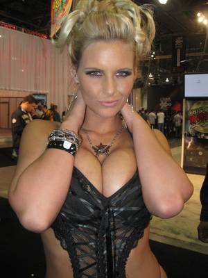 AVN Eye Candy