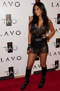 Lead singer of the Pussycat Dolls Nicole Scherzinger walks the red carpet at Tao nightclub for the Tao and Lavo anniversary weekend October 3, 2009.