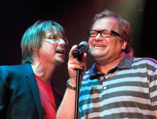 Drew Carey, right, joined Lon Bronson and his band onstage at Ovation Lounge in Green Valley Ranch on Aug. 27, 2009.