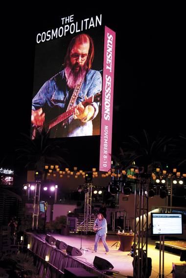Steve Earle on the Strip? Maybe those Mayans were onto something …