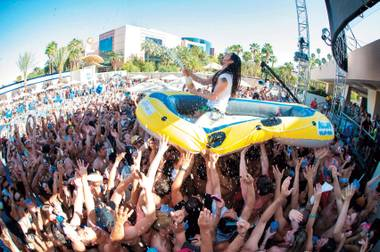 Also, Steve Aoki followed up his Hakkasan debut with Aokify Splash Vegas at Wet Republic.