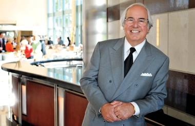 Funny — Frank Abagnale doesn't look a thing like Leonardo DiCaprio.