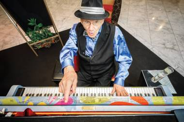 Royal Resort's 95-year-old pianist, Joe Vento, says his repertoire nears 25,000 songs. But what's the most requested?