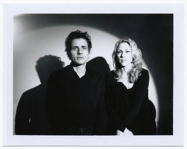 Dean Wareham and his wife/collaborator Britta Phillips will play their first Las Vegas show on Saturday.